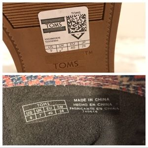 Toms Shoes - Toms Size 9 Boots
